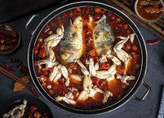 熟铁锅烧热变成蓝色了怎么回事?能用吗?