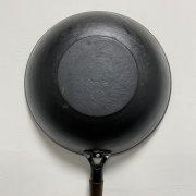 """这样用锅=吃""""毒""""!铁锅、不粘锅、不锈钢锅……你用对了吗?"""